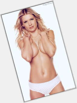 Kristy Swanson dyed blonde hair & hairstyles Athletic body,