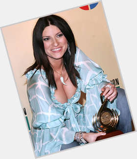 "<a href=""/hot-women/laura-pausini/is-she-married-italian-pregnant-coming-australia-famous"">Laura Pausini</a> Average body,  black hair & hairstyles"