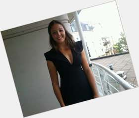 "<a href=""/hot-women/laura-robson/is-she-single-australian-fat-fit-christian-virgin"">Laura Robson</a>  dark brown hair & hairstyles"