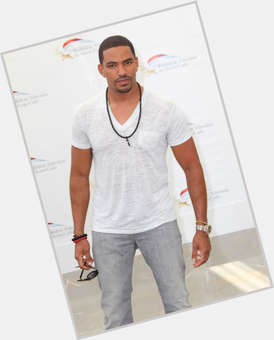 "<a href=""/hot-men/laz-alonso/is-he-married-single-dating-rosa-acosta-mixed"">Laz Alonso</a> Athletic body,  dark brown hair & hairstyles"