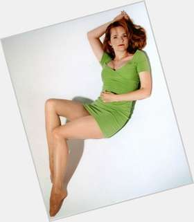 "<a href=""/hot-women/lea-thompson/is-she-under-dome-married-american-horror-story"">Lea Thompson</a> Slim body,  red hair & hairstyles"