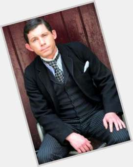 "<a href=""/hot-men/lee-evans/is-he-still-married-ill-related-norman-wisdom"">Lee Evans</a> Slim body,  light brown hair & hairstyles"
