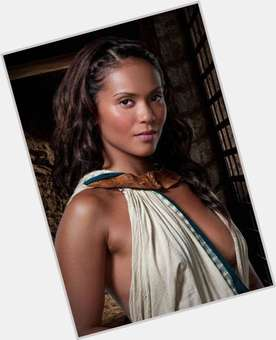 "<a href=""/hot-women/lesley-ann-brandt/is-she-married-lesley-ann-spartacus-vengeance-coming-back"">Lesley Ann Brandt</a> Slim body,  dark brown hair & hairstyles"