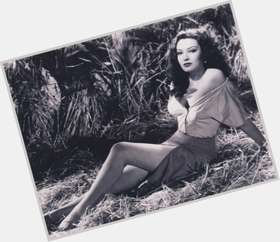 "<a href=""/hot-women/linda-darnell/is-she-black-still-alive-where-buried"">Linda Darnell</a> Slim body,  dark brown hair & hairstyles"