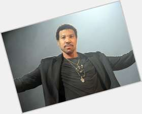 "<a href=""/hot-men/lionel-richie/is-he-married-blind-nicole-richies-dad-alive"">Lionel Richie</a> Average body,  black hair & hairstyles"