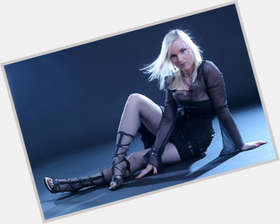 "<a href=""/hot-women/liv-kristine/is-she-tall-us-ugly-lyrics"">Liv Kristine</a> Average body,  dyed blonde hair & hairstyles"