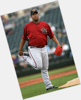 "<a href=""/hot-men/livan-hernandez/is-he-retired-married-where-what-hernandezs-uniform"">Livan Hernandez</a> Athletic body,  dark brown hair & hairstyles"