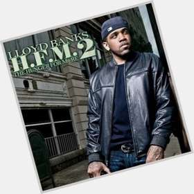 "<a href=""/hot-men/lloyd-banks/is-he-married-still-g-unit-top-5"">Lloyd Banks</a> Athletic body,  dark brown hair & hairstyles"