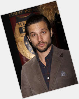 Logan Marshall Green light brown hair & hairstyles Athletic body,