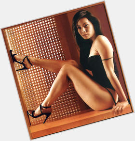 "<a href=""/hot-women/lucy-liu/is-she-married-chinese-pregnant-leaving-elementary-pretty"">Lucy Liu</a> Slim body,  black hair & hairstyles"