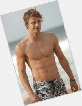 Luke Mitchell light brown hair & hairstyles Athletic body,