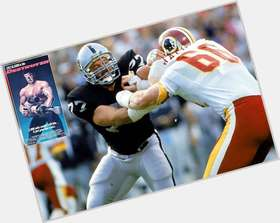 "<a href=""/hot-men/lyle-alzado/is-he-still-alive-hall-fame-death-where"">Lyle Alzado</a> Large body,  dark brown hair & hairstyles"