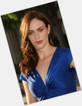 "<a href=""/hot-women/maggie-siff/is-she-married-pregnant-leaving-sons-anarchy-real"">Maggie Siff</a> Slim body,  light brown hair & hairstyles"