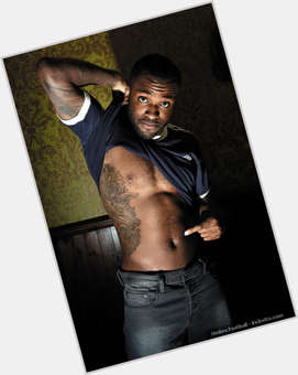 "<a href=""/hot-men/darren-bent/is-he-injured-fit-going-liverpool-married-leaving"">Darren Bent</a> Athletic body,  black hair & hairstyles"