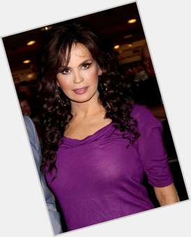 Marie Osmond dark brown hair & hairstyles Average body,