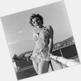 "<a href=""/hot-women/marilyn-monroe/is-she-hell-role-model-singer-hispanic-natural"">Marilyn Monroe</a> Voluptuous body,  dyed blonde hair & hairstyles"