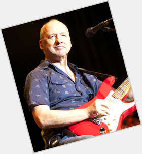 "<a href=""/hot-men/mark-knopfler/is-he-irish-homophobic-christian-good-guitarist-best"">Mark Knopfler</a> Average body,  grey hair & hairstyles"
