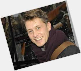 "<a href=""/hot-men/mark-owen/is-he-married-still-trouble-twitter-alcoholic-alive"">Mark Owen</a> Slim body,  light brown hair & hairstyles"
