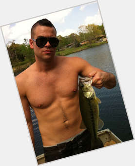 "<a href=""/hot-men/mark-salling/is-he-black-single-married-christian-still-glee"">Mark Salling</a> Athletic body,  dark brown hair & hairstyles"