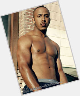 Marques Houston dark brown hair & hairstyles Athletic body,