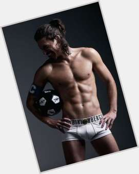 "<a href=""/hot-men/martin-mica/is-he-model-tall"">Martin Mica</a> Athletic body,  dark brown hair & hairstyles"