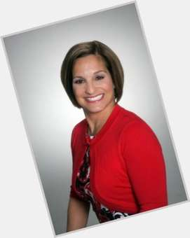"<a href=""/hot-women/mary-lou-retton/is-she-married-still-alive-midget-dwarf-divorced"">Mary Lou Retton</a> Athletic body,  dark brown hair & hairstyles"