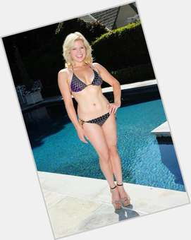 "<a href=""/hot-women/megan-hilty/is-she-married-sean-saves-world-still-smash"">Megan Hilty</a> Average body,  blonde hair & hairstyles"
