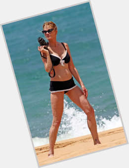 "<a href=""/hot-women/melanie-griffith/is-she-drugs-boardwalk-empire-drug-addict-sober"">Melanie Griffith</a> Average body,  dyed blonde hair & hairstyles"