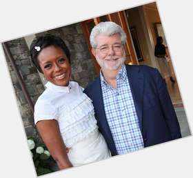 "<a href=""/hot-women/mellody-hobson/is-she-pregnant-married-george-lucas-dating-aka"">Mellody Hobson</a> Slim body,  black hair & hairstyles"