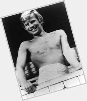 "<a href=""/hot-men/michael-york/is-he-still-alive-christian-ill-sick-married"">Michael York</a> Average body,  blonde hair & hairstyles"