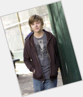 "<a href=""/hot-men/miles-heizer/is-he-dating-still-parenthood-single-tall-hot"">Miles Heizer</a> Average body,  light brown hair & hairstyles"