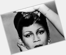 "<a href=""/hot-women/minnie-riperton/is-she-still-alive-maya-rudolphs-mother-black"">Minnie Riperton</a> Average body,  black hair & hairstyles"