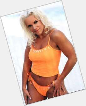 Molly Holly dark brown hair & hairstyles Athletic body,