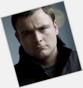 "<a href=""/hot-men/neil-maskell/is-he-tubes-married"">Neil Maskell</a> Average body,  light brown hair & hairstyles"
