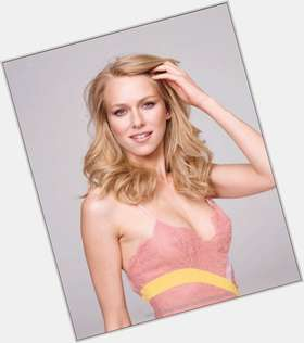 "<a href=""/hot-women/naomi-watts/is-she-married-pregnant-british-liev-schreiber-smoker"">Naomi Watts</a> Slim body,  blonde hair & hairstyles"