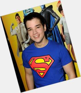 Nathan Kress light brown hair & hairstyles Athletic body,