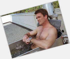 "<a href=""/hot-men/neil-flynn/is-he-married-fugitive-republican-verizon-commercial-single"">Neil Flynn</a> Average body,  dark brown hair & hairstyles"