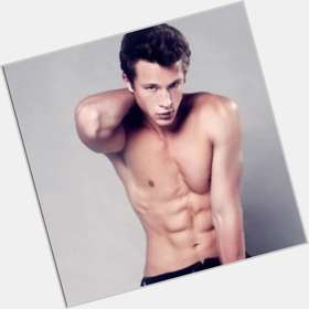 "<a href=""/hot-men/nick-roux/is-he-single-and-erica-dasher-dating-anyone"">Nick Roux</a> Athletic body,  dark brown hair & hairstyles"