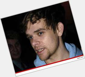 Nick Stahl dark brown hair & hairstyles Athletic body,
