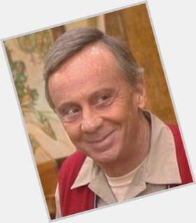 "<a href=""/hot-men/norman-fell/is-he-still-alive-where-buried"">Norman Fell</a> Average body,  salt and pepper hair & hairstyles"
