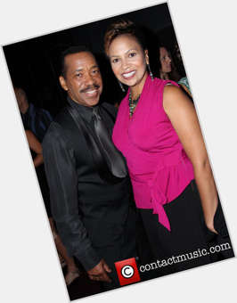 "<a href=""/hot-men/obba-babatunde/is-he-nigerian-married-african-what-ethnicity"">Obba Babatunde</a> Average body,  black hair & hairstyles"