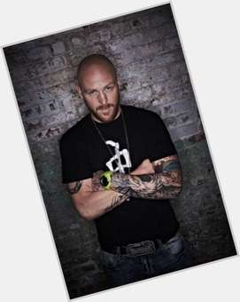 "<a href=""/hot-men/jason-ellis/is-he-sober-still-married-live-today-paul"">Jason Ellis</a> Bodybuilder body,  bald hair & hairstyles"