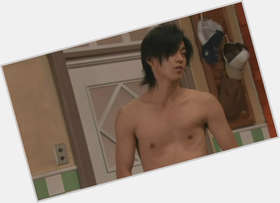 "<a href=""/hot-men/oguri-shun/is-he-married-left-handed-single-dating-tall"">Oguri Shun</a>  black hair & hairstyles"
