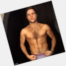 Olly Murs light brown hair & hairstyles Athletic body,