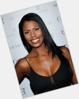 "<a href=""/hot-women/omarosa-manigault/is-she-related-earl-manigault-stallworth-pregnant-reverend-haitian"">Omarosa Manigault</a> Slim body,  black hair & hairstyles"