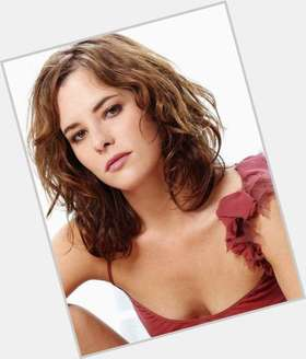 "<a href=""/hot-women/parker-posey/is-she-crazy-married-and-tyler-related-pitch"">Parker Posey</a> Slim body,  dark brown hair & hairstyles"
