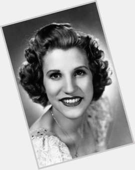 "<a href=""/hot-women/patty-andrews/is-she-still-alive-where-today-buried-now"">Patty Andrews</a> Slim body,  grey hair & hairstyles"