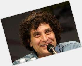 "<a href=""/hot-men/paul-provenza/is-he-married"">Paul Provenza</a> Average body,  dark brown hair & hairstyles"
