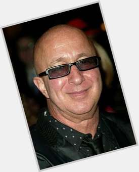 "<a href=""/hot-men/paul-shaffer/is-he-married-leaving-david-letterman-black-felicia"">Paul Shaffer</a> Average body,  bald hair & hairstyles"