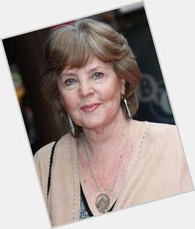 "<a href=""/hot-women/pauline-collins/is-she-still-mount-pleasant-ill-returning-joan"">Pauline Collins</a> Average body,  dark brown hair & hairstyles"